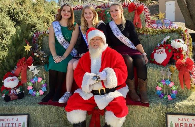 Christmas Fundraiser at Lions Tigers & Bears Sanctuary, California