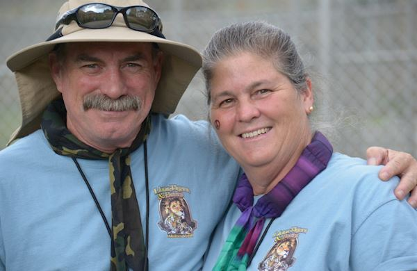 Become a Volunteer or Intern at Lions Tigers & Bears, Alpine