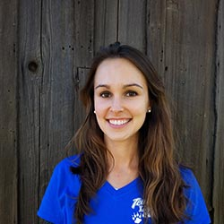 Rebekah Sabatini - Animal Keeper/Veterinary Assistant/Gift Shop Coordinator